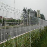 朋英厂家直售公路护栏网浸塑q235公路护栏网订做
