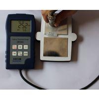双用型油漆测厚仪,钢铁铝材油漆测厚仪,多功能的测厚仪涂层测厚仪