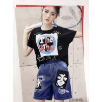 红袖女装加盟蜂后国际韩版女装加盟品牌折扣店哪个牌子好