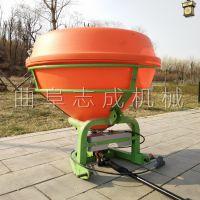 促销拖拉机带后悬挂撒肥机农用四轮车带化肥抛洒机后传动轴施肥器