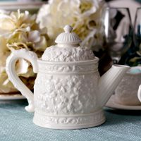 英国皇家艾伯特白色玫瑰浮雕创意陶瓷茶具套装欧式下午茶花茶茶壶
