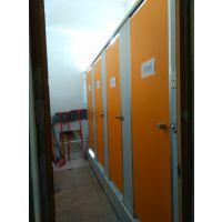 泉州安溪县生产加工:抗倍特板、防潮板、中空塑料板、卫生间防水隔断板,房间隔板。