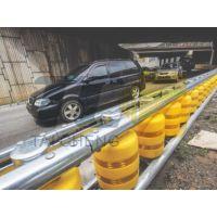 青岛泰诚厂家直营公路旋转护栏、公路旋转式防撞桶、高速公路旋转防撞桶、防撞护栏、公路旋转护栏