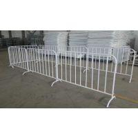 移动隔离护栏--东固丝网厂家直销