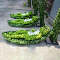 深圳仿真绿雕 假草皮仿真草雕塑 小青蛙塑料动物绿雕