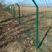 包头专业设计安装铁丝网围栏小区别墅围栏高速公路护栏