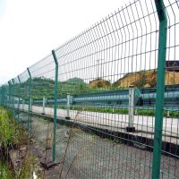 供应现货双边丝护栏网 绿色圈地养殖铁丝护栏 临时防护护栏网