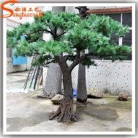仿真松树 广东厂家制作 可定做各种造型 玻璃钢假松树