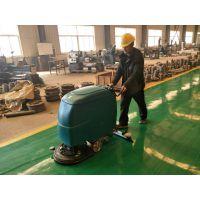 全自动洗地机有效处理工厂车间地面的油污问题