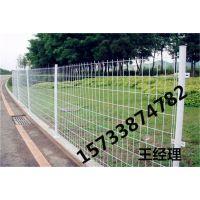 双辽 浸塑 钢板网护栏 圈地护栏网 工地围栏 哪里卖