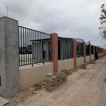 东莞锌钢围墙护栏生产 广州厂房隔离栏 珠海金属栏杆价格