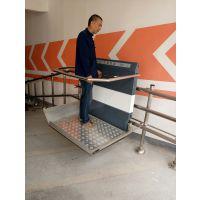 液压升降设备定制 楼梯扶手安装电梯 北京市启运供应斜挂式残疾人无障碍平台