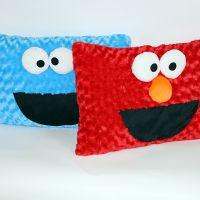 厂家供应毛绒玩具 芝麻街抱枕 方形表情抱枕靠垫来图打样