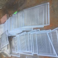 安平隆庆专业生产304方孔网滤片编织网包边过滤片厂家直销量大更优