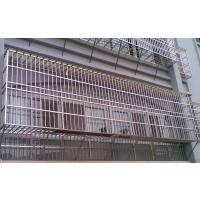 郑州电焊氩弧焊加工不锈钢防盗网,铁网、防护网,防盗窗。