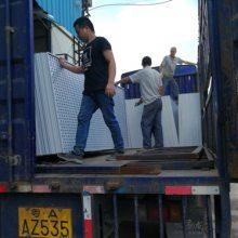 珠海镀锌钢板护栏 广州工地防爬围栏 防台风冲孔隔离护栏