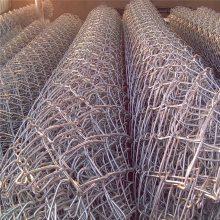 铁丝勾花网 包塑勾花网价格 羽毛球场围网