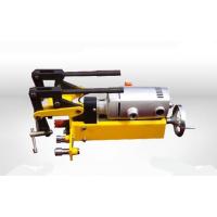 KKY型液压挤孔机 液压钢轨挤孔机(打孔机)运用杠杆原理、液压传动和剪切原理设计而成。利用静压力对钢