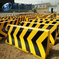 供应水泥隔离墩高速路口专用2米长大型隔离墩防撞交通设施水泥墩