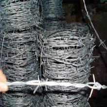 防护线刺网 工厂围墙刺铁丝 拧编刺绳批发