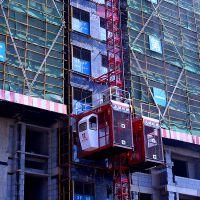 建筑施工提升电梯 配有安全防坠器施工升降机