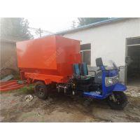 蒙古牛大型柴油喂料机 利木赞牛养殖用饲料撒料车
