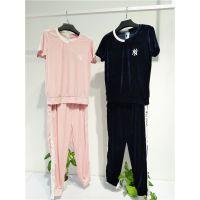 广州伊曼服饰长期提供一二线品牌折扣女装尾货批发 鸿星米兰休闲运动服
