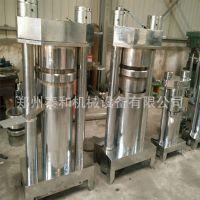 供应中型 全自动液压香油机 可移动液压芝麻压油机