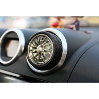 久雅汽车礼品轮胎造型可旋转汽车出风口香水香薰除异味 现货批发
