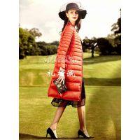 时尚羽绒服品牌宝莱国际女装折扣拿货视频看货渠道