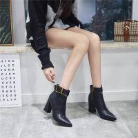 短筒皮靴2018春秋季新款韩版百搭尖头短靴女粗跟黑色英伦马丁靴子