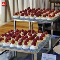 自助餐设备、设计自助餐台、台面美食展示层架、玻璃