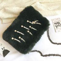 2017秋冬新款女包珍珠挂件单肩包链条毛绒小方包批发一件代发