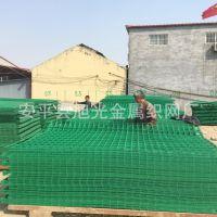 长期销售  热镀锌绿色 公路双边丝护栏网  铁丝网围栏