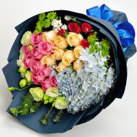 武汉同城礼物混搭花束香槟红玫瑰花绣球雏菊生日鲜花速递送花上门