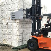软包物品搬运设备旋转式软包夹用于搬运各种形式的软包货物,如碎布、废纸、棉花、羊毛、干草、工 业碎料等