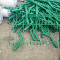 黑管浸塑护栏网 优质防护网 浸塑球场围挡