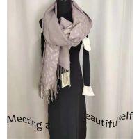 杭州礼诚服饰特推2018新款羊绒围巾限量超低价分份走份批发进货渠道