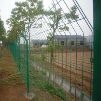 养鱼塘安全铁网围栏 银川圈地围栏网 张家口护栏网