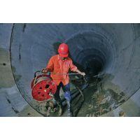 济南市PE110过路顶管施工队伍-晟宇非开挖水平定向钻机施工