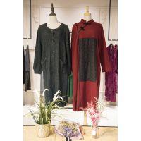 台绣广州品牌尾货市场女装批发市场在哪里 南京折扣女装加盟尾货黑色多种款式