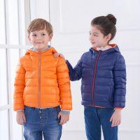 供应90%白鸭绒 儿童羽绒服 轻薄保暖儿童羽绒服