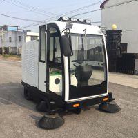 驾驶式扫地机车 厂家直销自卸式垃圾箱批发 全封闭扫地机GD-2000