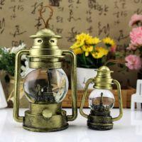 大小复古怀旧埃菲尔铁塔树脂3色水晶球 带灯煤油灯马灯水球