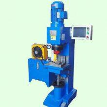 铆压设备行程压力监控 铆接机设计时采用数控PLC控制