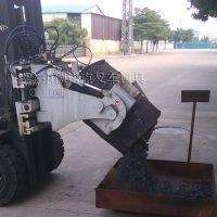 中德诺克叉车属具叉车桶夹箍抱式化工桶夹双向360度旋转抱桶车