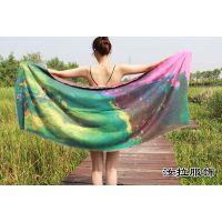 杭州围巾工厂,围巾加工优选汝拉服饰 令你尖叫围巾产品的厂家