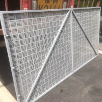 河南郑州-冲孔网 圆孔网 钢板爬架网-厂家直销