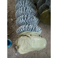 14号线边坡防护勾花网一平米多少钱?——一诺缩把喷播植草挂网铁丝网工程案例