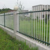 安庆锌钢护栏 铁艺栅栏多钱一米 厂区围墙护栏